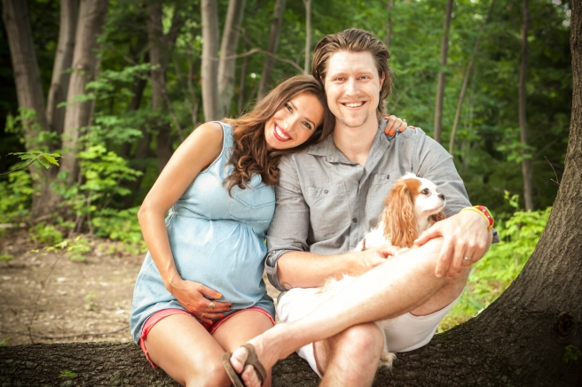maternity photo with dog